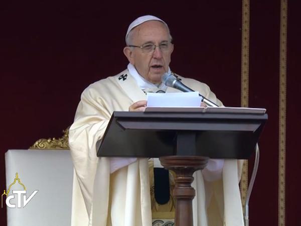 Francisco durante homilia na abertura do Ano da Misericórdia / Foto: Reprodução CTV