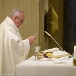Francisco preside Missa na Casa Santa Marta / Foto: L'Osservatore Romano