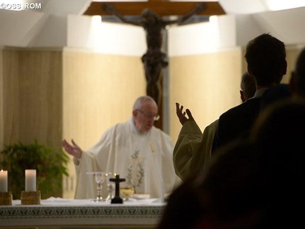 Papa tem o hábito de celebrar Missas na Casa Santa Marta diariamente / Foto: L'Osservatore Romano