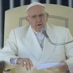 Papa fala aos fiéis durante Audiência Geral / Foto: Reprodução CTV
