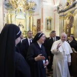 Papa em visita ao convento nesta manhã / Foto: L'Osservatore Romano