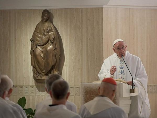 É preciso construir a paz a partir das pequenas coisas do dia a dia, explica o Papa / Foto: L'Osservatore Romano