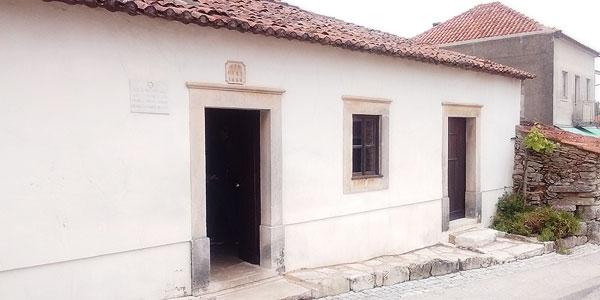 Conheça a casa dos pastorinhos Jacinta e Francisco (2)