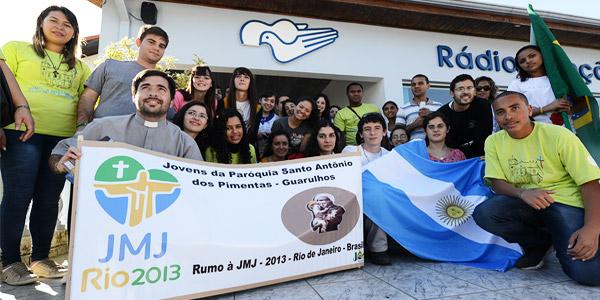 Grupo de Argentinos da diocese de San Juan Cuyo, noroeste da Argentina - foto: Robson Siqueira/CN