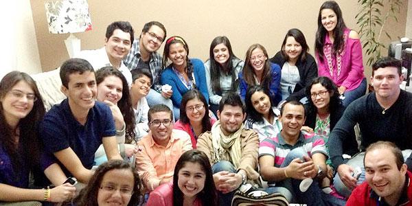 Convivência com os colombianos que estão na casa do pessoal do grupo Exército de Maria / Foto: Arquivo Pessoal