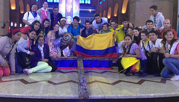 Jovens colombianos entregarão cruz de seis metros ao Papa Francisco