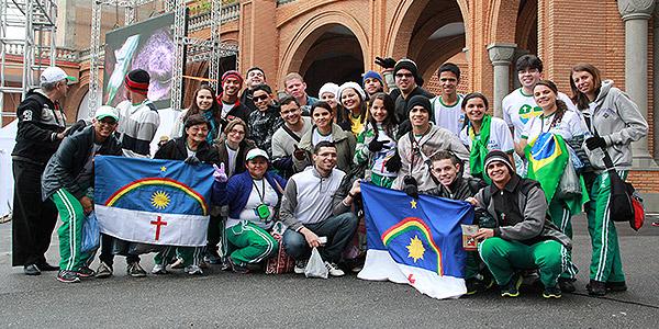 Peregrinos alegres por terem a oportunidade de estar na JMJ Rio 2013. Foto: CN