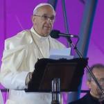 Jesus se une aos que perderam a fé na Igreja, diz Papa na Via-sacra