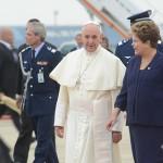 Francisco chega ao RJ; Igreja e Governo brasileiro acolhem o Papa