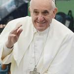 Ao retornar para Roma, Papa aborda temas como mudanças no Vaticano, sua missão de Papa e a mulher na Igreja