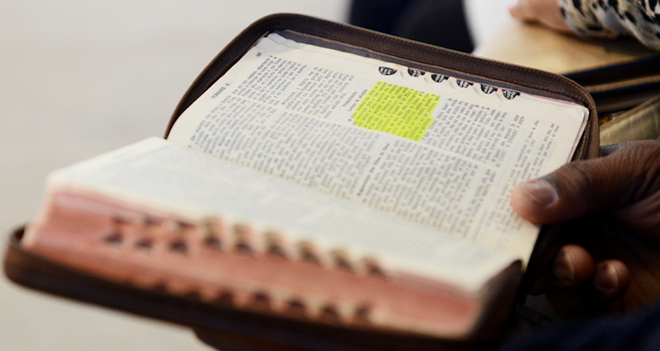 Por-que-precisamos-ler-a-Bíblia--940x500