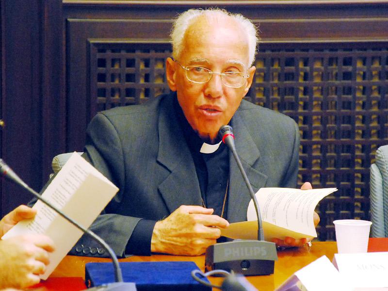 Homenagem foi pelos serviços relevantes prestados a Igreja e a sociedade