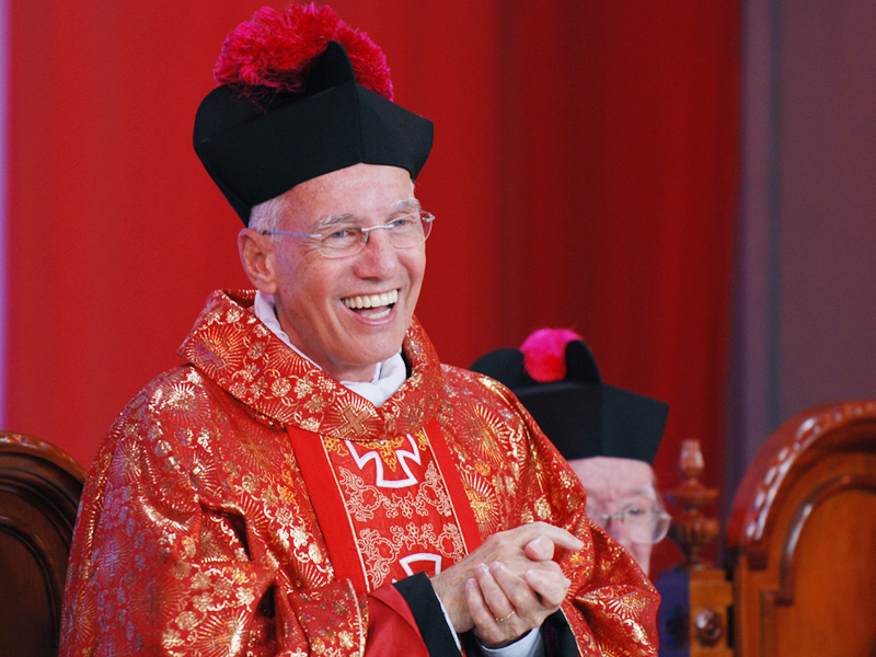 padre Jonas recebeu o título de monsenhor concedido pelo Papa Bento XVI