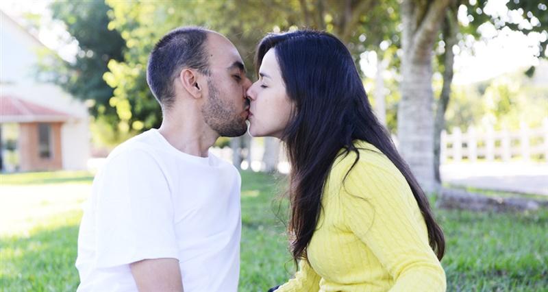 Como o casal deve viver a sexualidade?