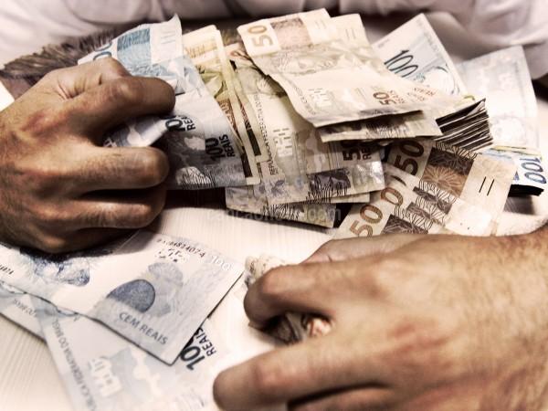 Dinheiro de bencao a maldicao
