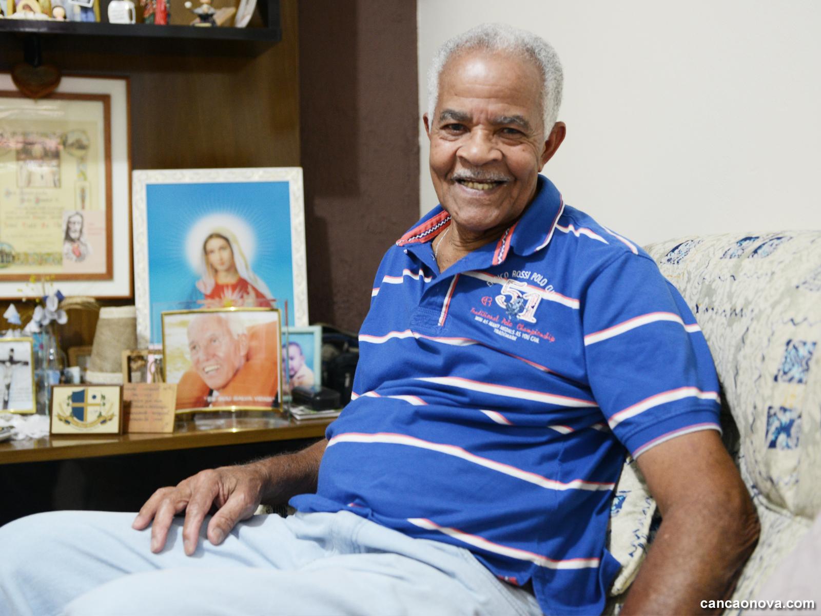 Missionário recorda histórias antigas com monsenhor Jonas Abib