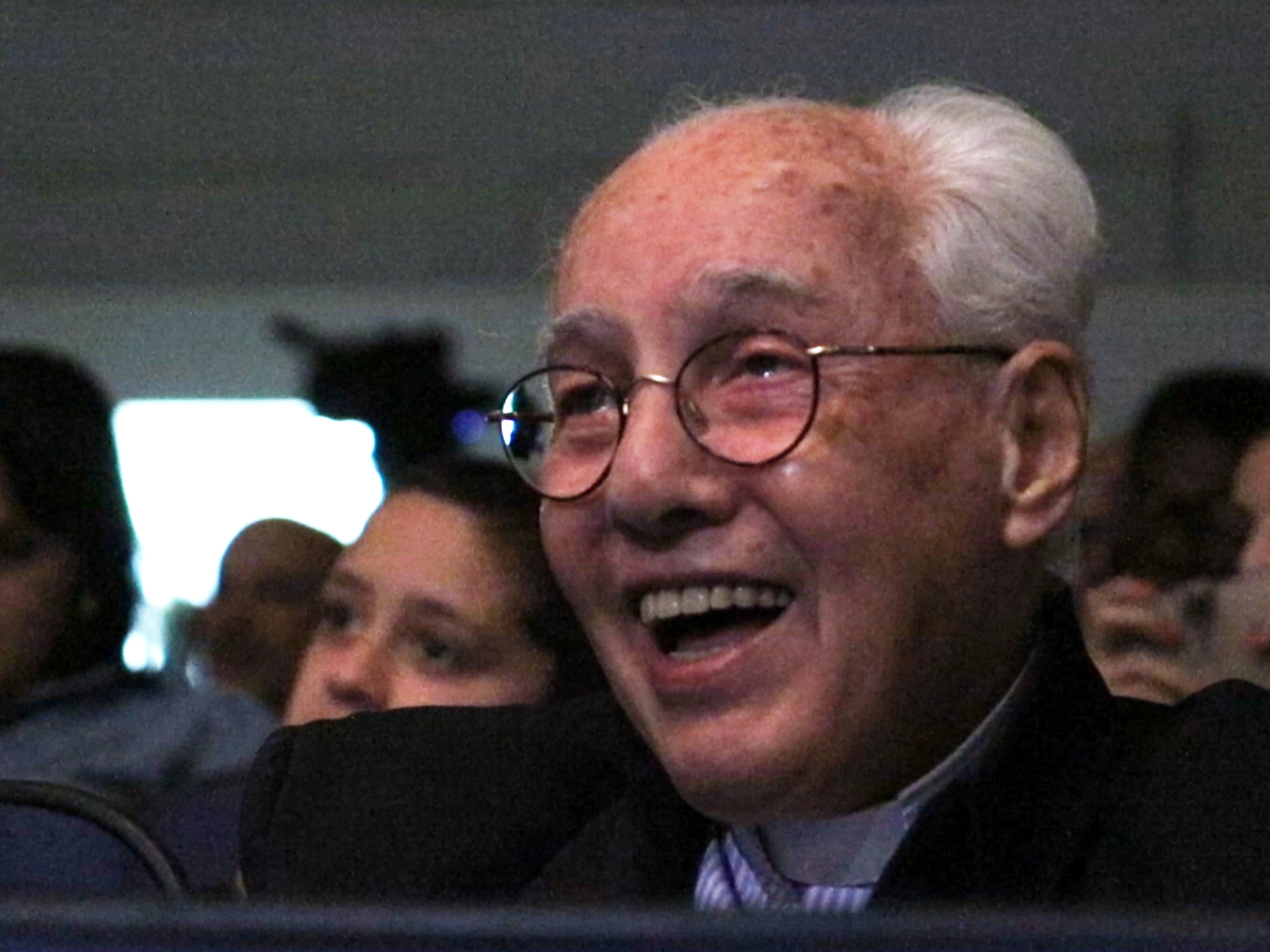 Monsenhor Jonas se emociona com musical sobre seus 80 anos
