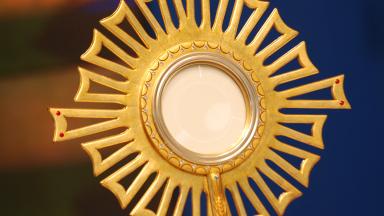 É preciso ser adorador de Jesus do jeito de Maria Madalena