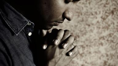 Busque a libertação em nosso Deus