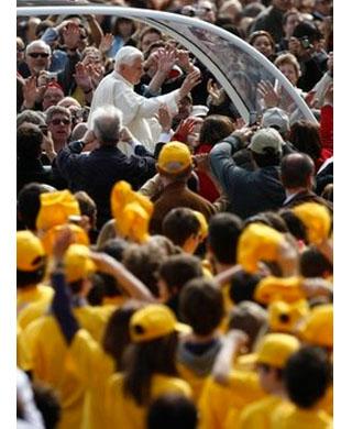 Papa ensina o significado das celebrações da Semana Santa 275946