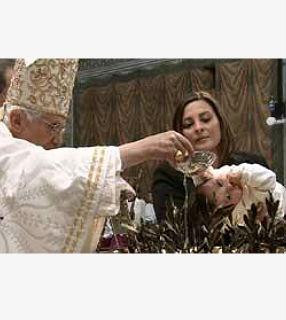 Papa destaca que o Batismo une para sempre o ser humano a Jesus